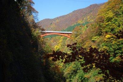 小安峡と紅葉1.jpg