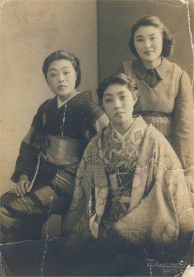 戦前母姉妹.jpg