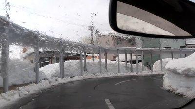 横手市令和3年大豪雪雨2.jpg