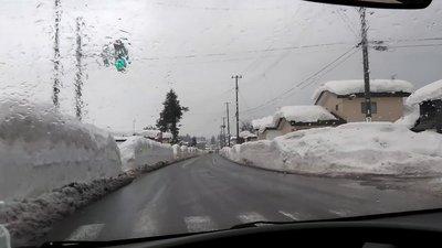 横手市令和3年大豪雪雨3.jpg